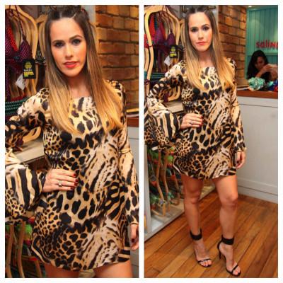 Fernanda Pontes usa Hit Store