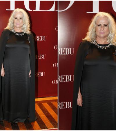 Vera Holtz usa Gloria Coelho
