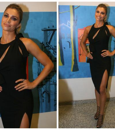 Grazi Massafera de vestido Versace de R$ 6 mil