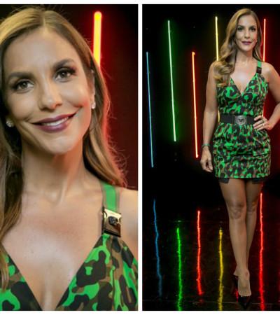 Ivete Sangalo de vestido Versace de R$ 9 mil no 'The Voice Kids'