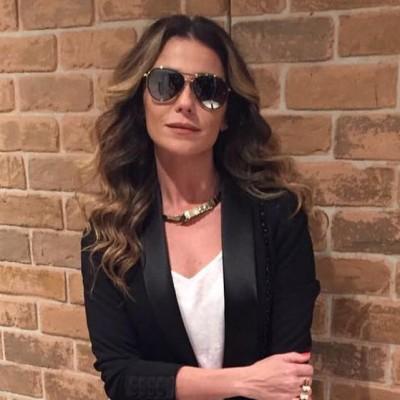 Giovanna Antonelli de Karl Lagerfeld para Riachuelo