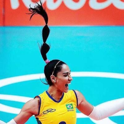 Inspire-se nos penteados e unhas das atletas nas Olimpíadas