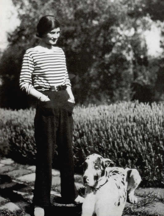 Young-Gabrielle-Chanel