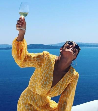 Juliana Paes de vestido amarelo na Grécia: inspire-se