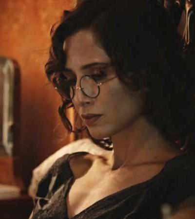 Óculos de grau da Camila Pitanga é acessório mais pedido da Globo