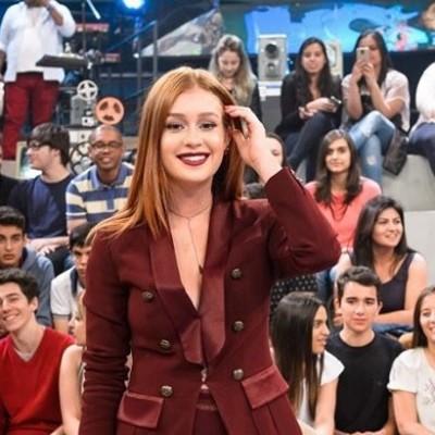 Marina Ruy Barbosa repete blazer Bo.Bô de Alinne Moraes no 'Altas Horas'