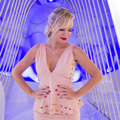 Eliana usa look rosa-quartzo LeBlog Store
