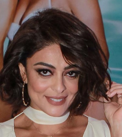 Juliana Paes usa look decotado de R$ 87,5 mil