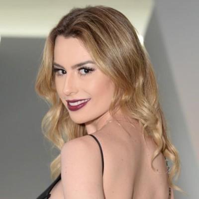 Fernanda Keulla de Victor Dzenk no Minas Trend