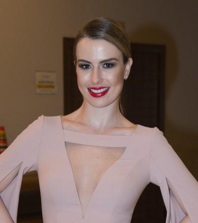 Veja looks de Fernanda Keulla e Karina Bacchi em show de Zezé Di Camargo e Luciano