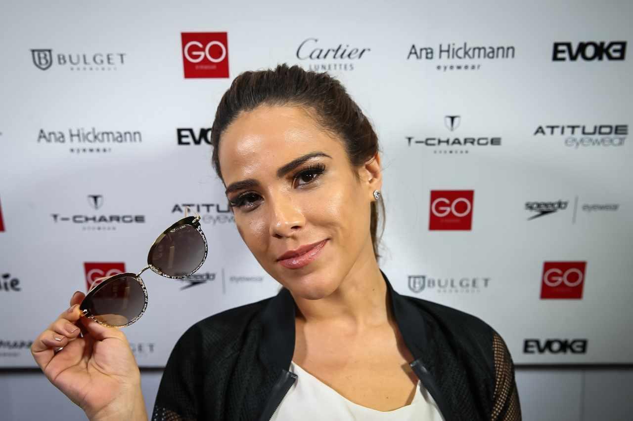 e8d7178c28da3 Inspire-se no look e no make com óculos de Wanessa Camargo - Elas no Tapete  Vermelho