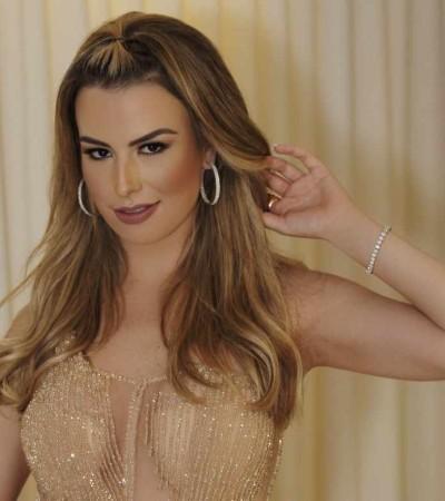 Fernanda Keulla usa look de 60 mil cristais em baile de gala