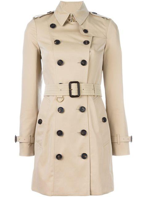 Trench-coat Burberry original: R$ 11.340 (Foto: Reprodução/Farfetch)