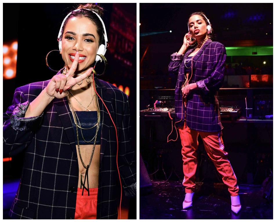 Anitta com blazer e calça esportiva (Foto: Leo Franco/Agnews)