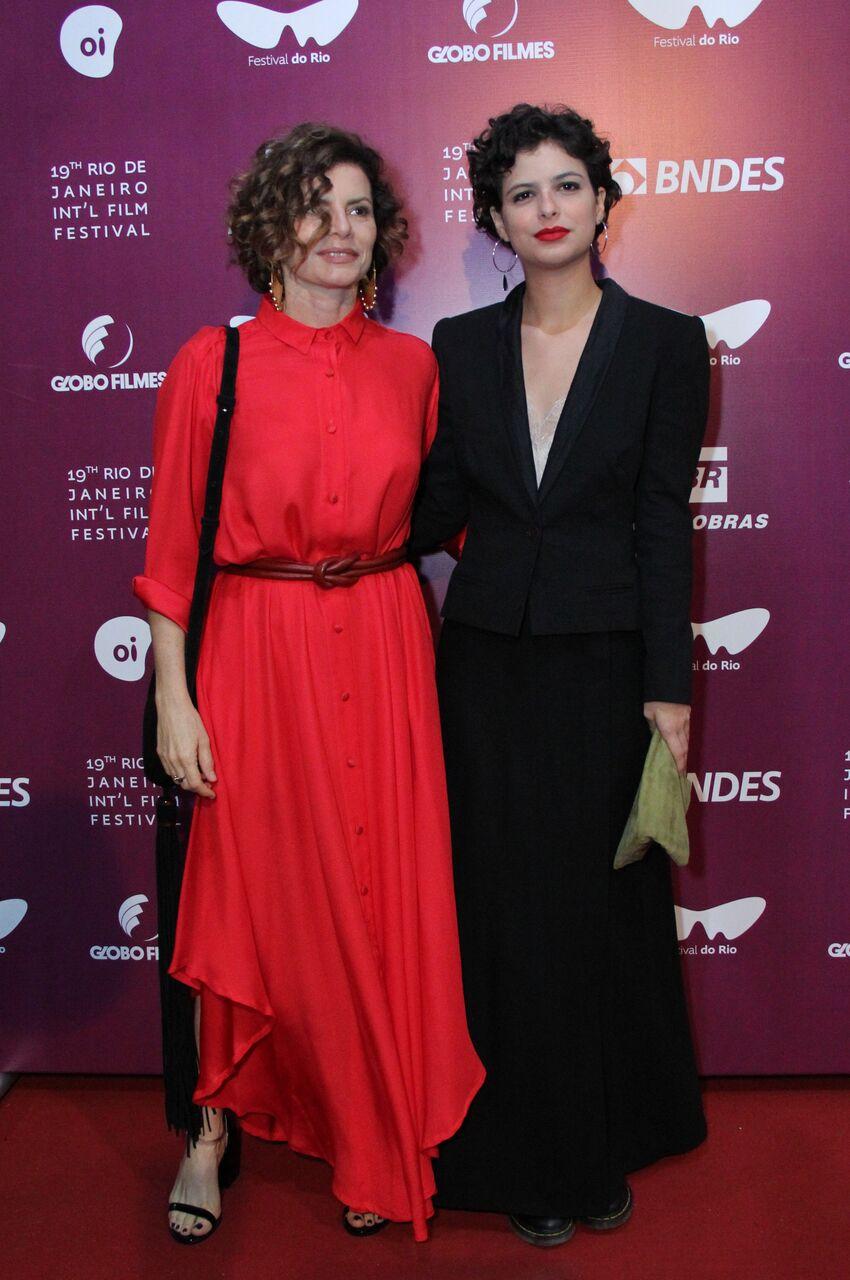 Debora Bloch ao lado da filha Julia Anquier (Foto: Wallace Barbosa/AgNews)