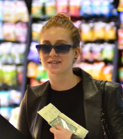 Marina Ruy Barbosa usa look preto e bolsa Chanel de 17,2 mil