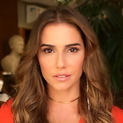 Deborah Secco muda visual para próxima novela das 21h