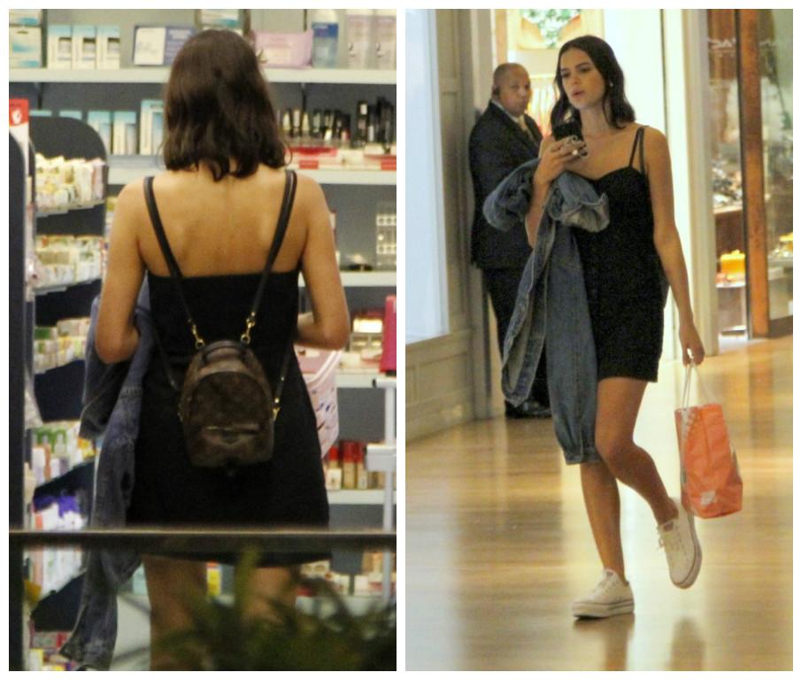 Bruna Marquezine e a mochila Louis Vuitton (Fotos: AgNews)