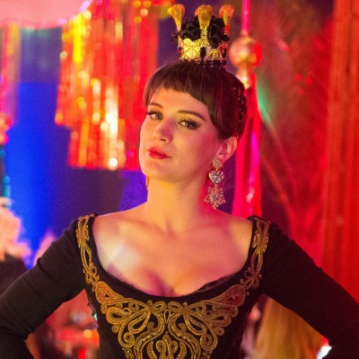 Carnaval: Bianca Bin se veste de Rainha de Copas na novela