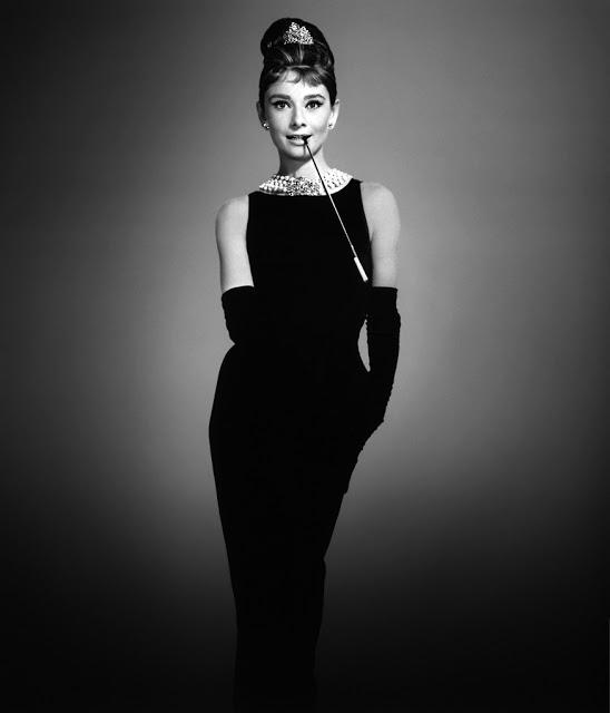 """""""Eterno aprendiz"""", Hubert de Givenchy morre aos 91 anos"""