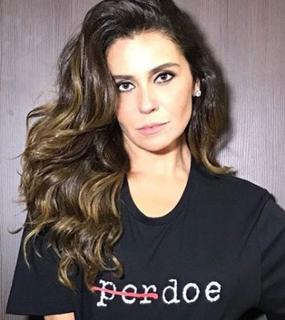 "Giovanna Antonelli e outras vestem camiseta ""Manifesto"""
