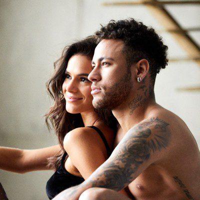 Namorados: Use mesma lingerie no look e em momentos a dois