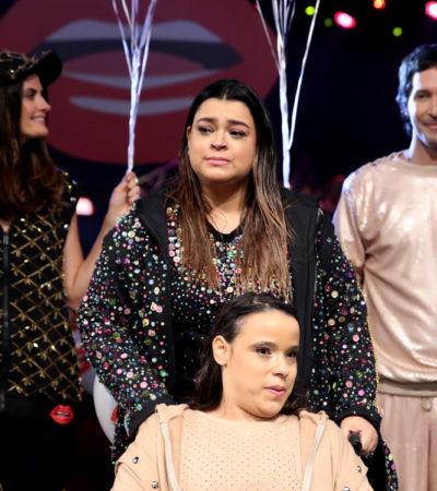 Preta Gil chora em desfile inclusivo de Andressa Salomone