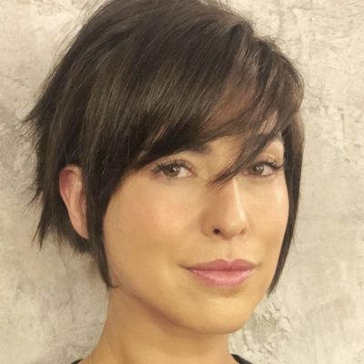Fernanda Paes Leme volta a ser morena e exibe cabelo curto