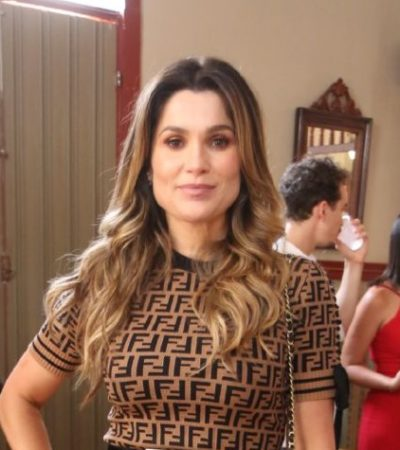 Flávia Alessandra e Sophia Abrahão exibem vestido igual
