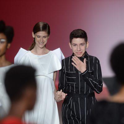 Huck e Herchcovitch realizam sonho de estilista de 16 anos