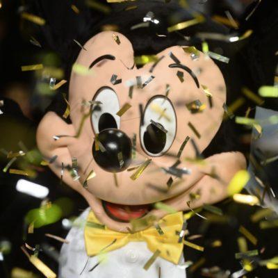 Água de Coco encerra SPFW com Mickey ao vivo e em cores