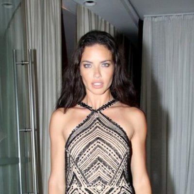 Adriana Lima se emociona ao se despedir da Victoria's Secret