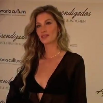 Gisele Bündchen lança biografia com 2 looks sensuais