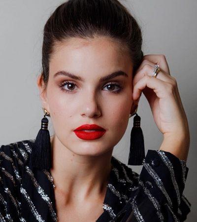 Dança dos Famosos: Camila Queiroz acerta no mix de estampas
