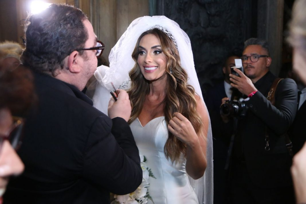 Nicole Bahls (Foto: Daniel Pinheiro/Anderson Borde/AgNews)