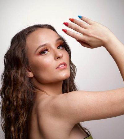Larissa Manoela e mais famosas exibem uma unha de cada cor