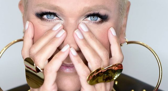 """Xuxa usa look inspirado em McQueen no """"The Four Brasil"""": R$ 5 mil"""