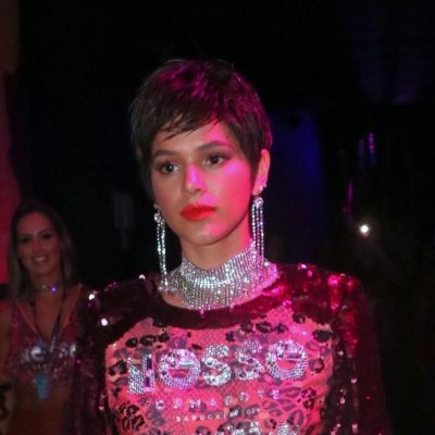 Peruca: Vote no visual mais bapho da Marquezine no Carnaval