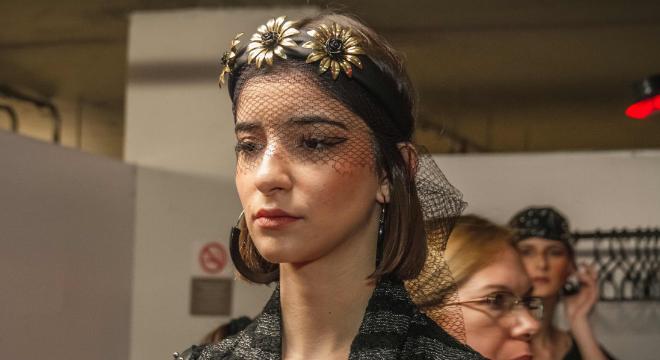 Animal print, tie-dye, tiaras: desfile traz tendências do inverno 2019