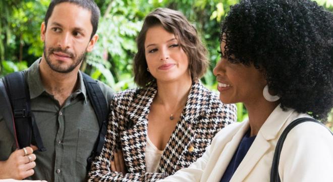 Agatha Moreira veste look de R$ 519,80 em tecido sustentável