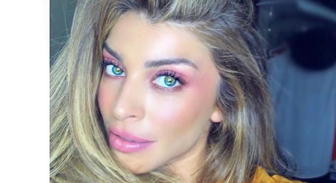 Rosa: Massafera prova que maquiagem monocromática é fashion