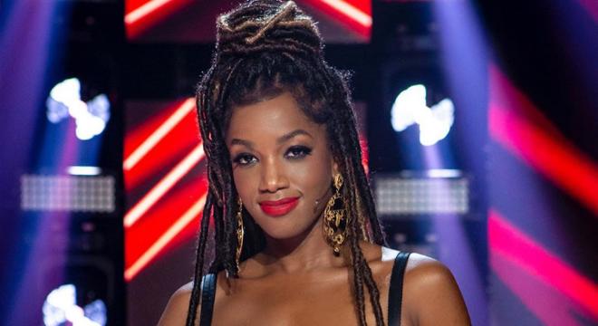 """Iza e Ivete Sangalo usam marcas gringas em estreia do """"The Voice Brasil"""""""
