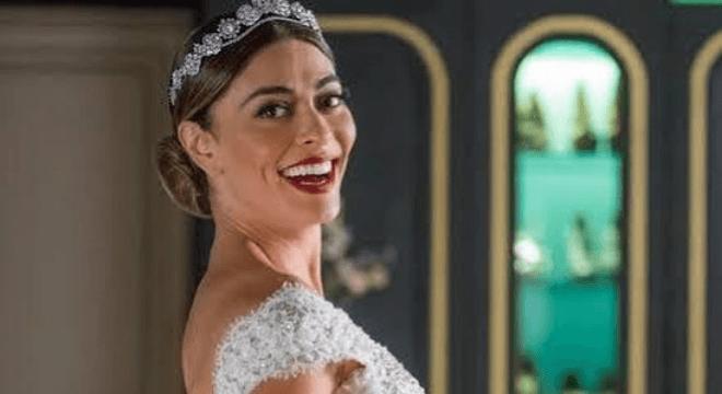 Vestido de noiva de Maria da Paz ficou pronto em 10 dias