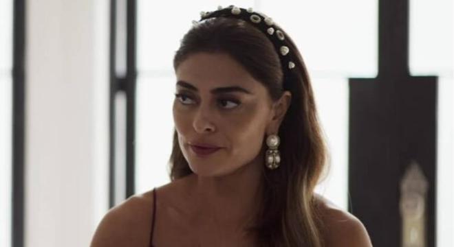 Maria da Paz (Ju Paes) usa tiara igual à de Giovanna Ewbank