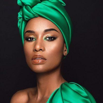 Zozibini Tunzi: faça um passeio por 12 looks da Miss Universo