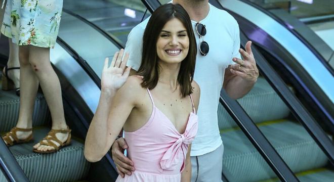 Da praia ao shopping: Look queridinho de Camila custa R$ 748