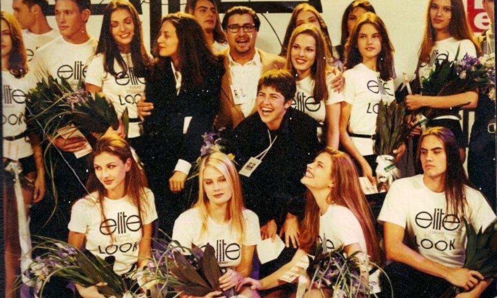 "Gisele Bündchen e Liliana Gomes no concurso ""The Look Of The Year"", em 1994(Foto: Arquivo pessoal/Liliana Gomes)"