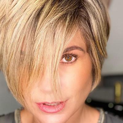 """Flávia retoca cabelo de personagem: """"perspectiva de voltar"""""""