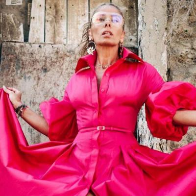 Vestido com tênis e mais: veja 7 ousadias fashion de Galisteu