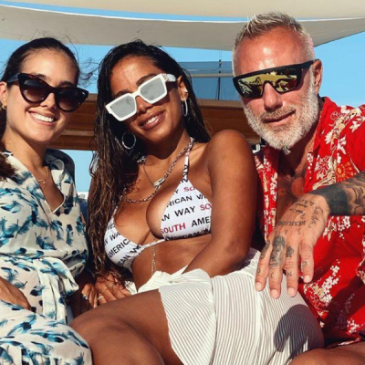 Anitta repete biquíni de Amir Slama na Itália: R$ 378